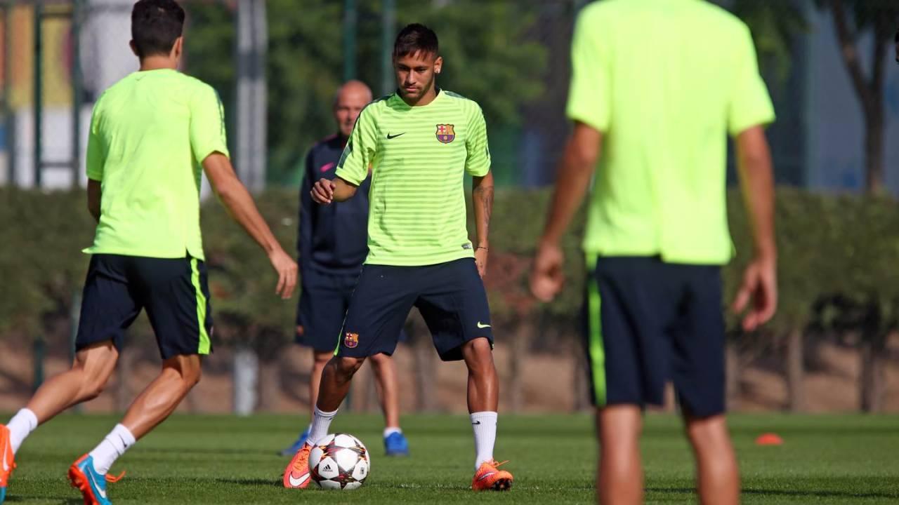 Neymar Jr. - Page 3 Tumblr_ndr5dtrwc31repc8no1_1280