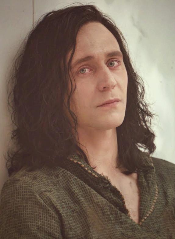 Kedvenc képeink Lokiról - Page 2 Tumblr_mubpgoeHag1s6we5wo1_1280