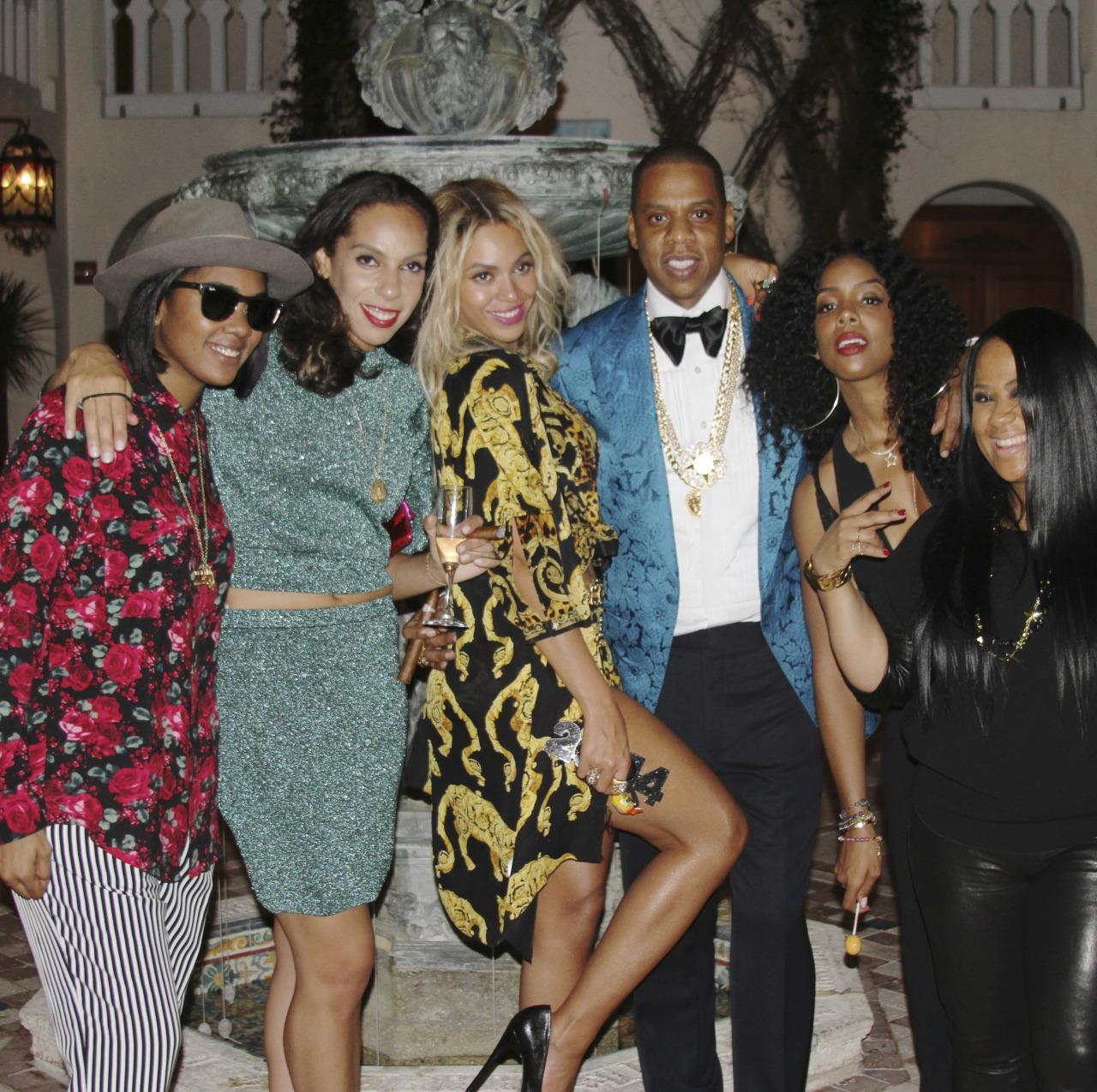 Beyoncé - Twitter (@Beyonce), Instagram (Baddiebey), Tumblr (I Am...) [II] Tumblr_mzgbtjWvQ91rqgjz2o1_1280