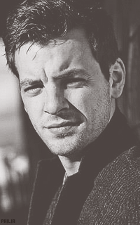 Gethin Anthony (Renly Baratheon) Tumblr_mqfpfhEGAH1spby95o9_250
