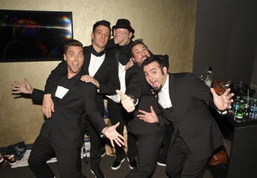 MTV VMAs >> 3 premios + Vídeo del año y actuación de la noche (pág. 1) - Página 4 Tumblr_ms52l2evWV1ragzwxo1_500