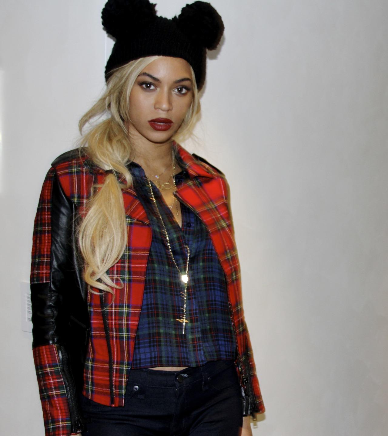 Beyoncé - Twitter (@Beyonce), Instagram (Baddiebey), Tumblr (I Am...) [II] - Página 2 Tumblr_n0i390HvAT1rqgjz2o1_1280