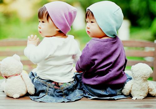 أجمل صور للأطفال التواءم Tumblr_lujqlbimRe1r63uuao1_500