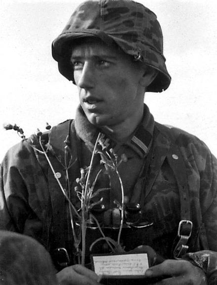 visages de soldats - Page 2 Tumblr_m0hvdjOcSB1qgc8rio1_500