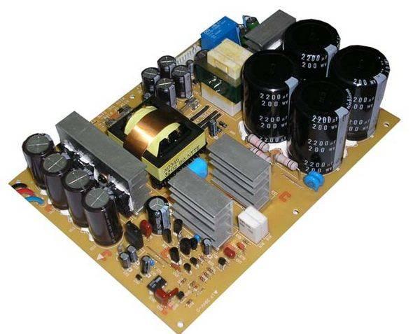 Fonte chaveada compacta IR2153D - 10 x 10 cm Yamaha-EMX5000-smps-ir2153