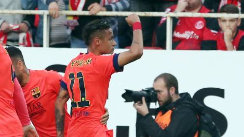 Neymar Jr. - Page 37 Tumblr_nmp1y7ItPX1twz5kvo3_500