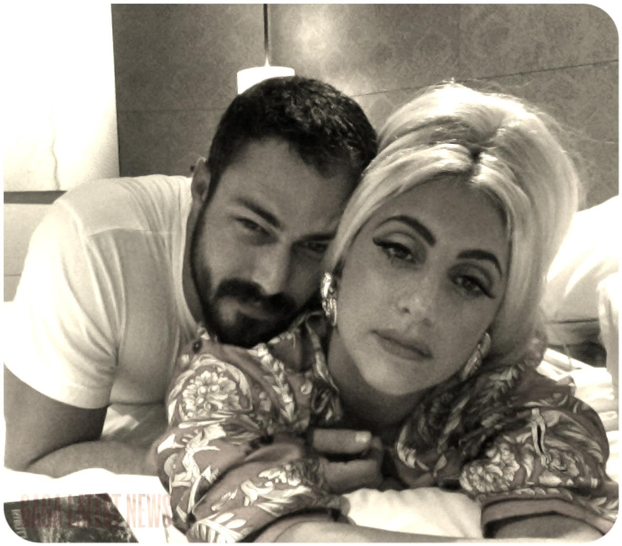 Lady Gaga and Taylor Kinney. - Page 2 Tumblr_nezue314491tq52igo1_1280