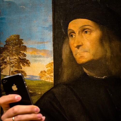Museum of Selfies - Page 2 Tumblr_nfc3pdDr6s1u2ktuio1_500