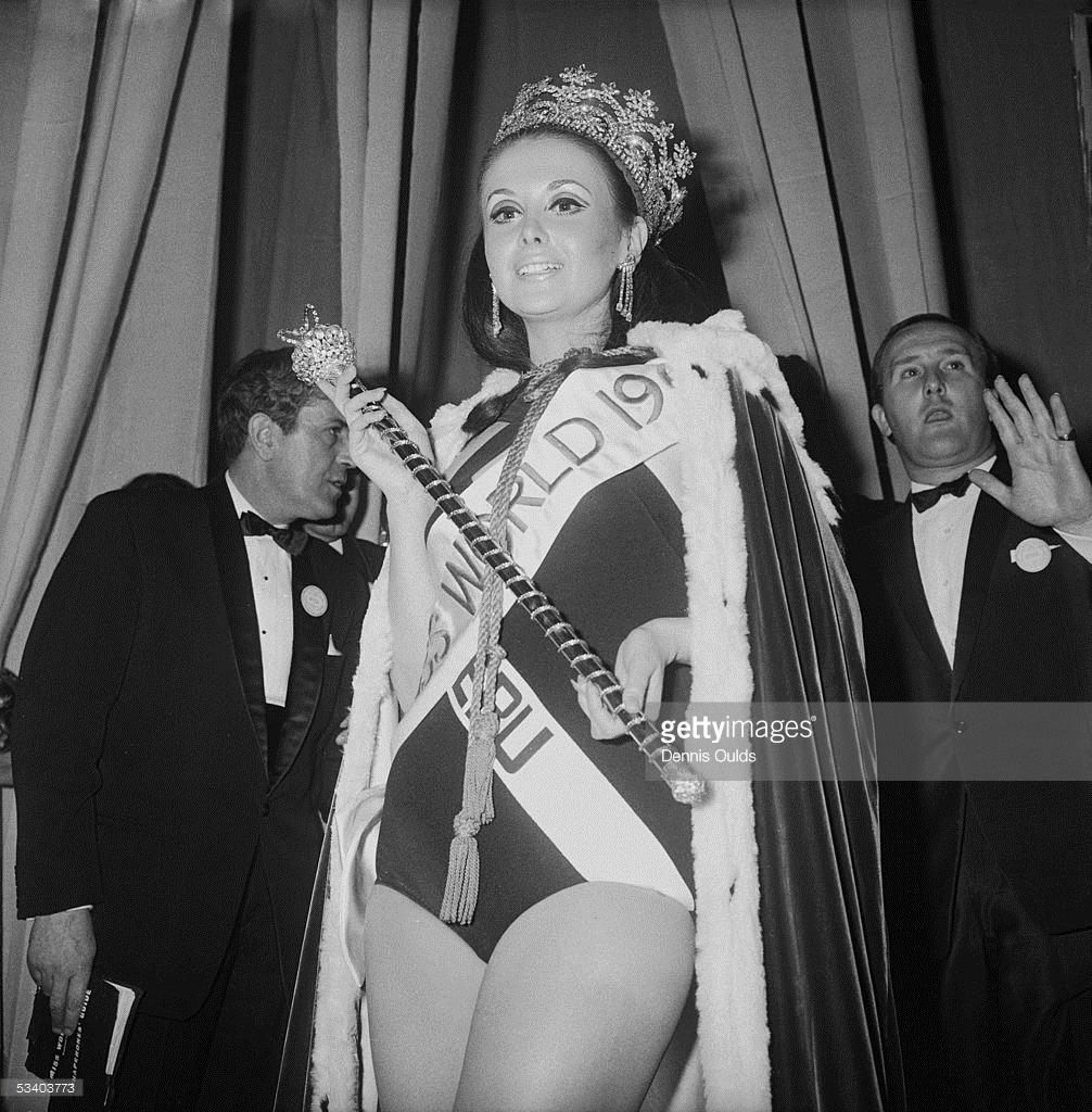 madeleine hartog-bell, primera peruana ser miss world. titulo de miss world 1967. semifinalista de miss universe 1966. Tumblr_o2bgvkFDtw1ttv0wmo1_1280