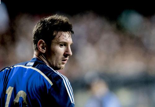 Lionel Messi. - Page 8 Tumblr_nh6oby7y5P1u3v7j3o4_500