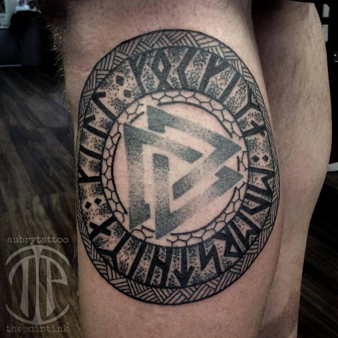 Татуировки с Рунами (подборка фото) Tumblr_nz5x9wDXrD1toaqrjo1_1280