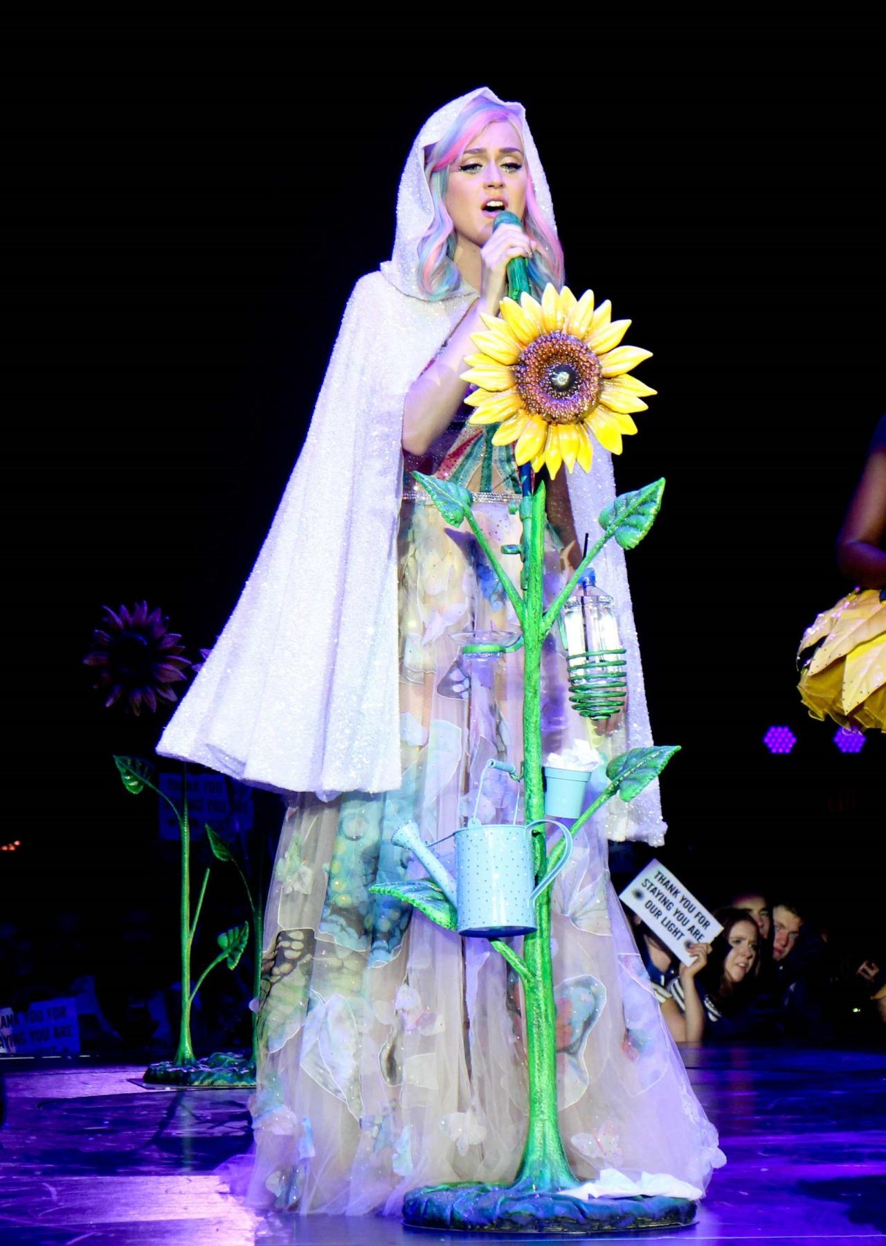 Katy Perry >> The Prismatic World Tour Tumblr_n58y1pycJY1qc70kwo9_1280