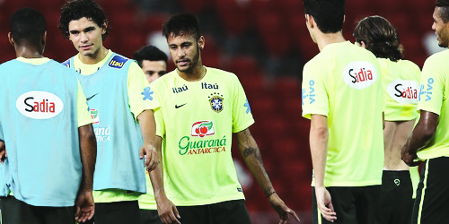 Neymar Jr. - Page 5 Tumblr_nde2x7Q3H11thp2q6o3_500