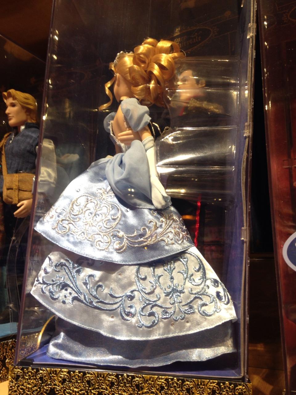 Disney Fairytale Designer Collection (depuis 2013) - Page 20 Tumblr_nbchtxddVO1rn0wm6o2_1280