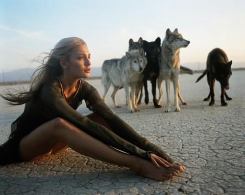 woman and wolf Tumblr_mbjgttVE4b1r06q46o1_500