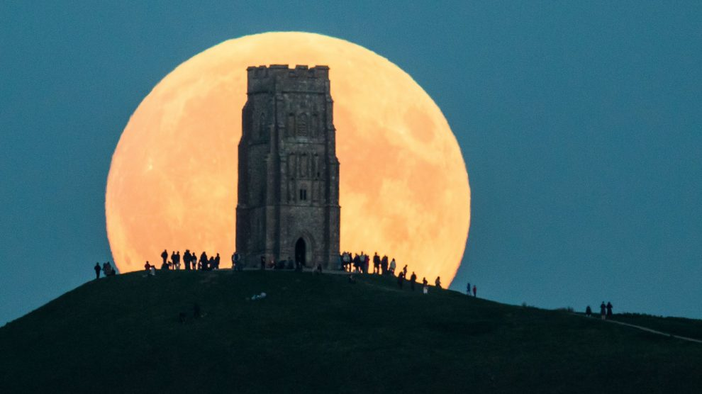 Biggest Supermoon in Nearly 70 Years Moon-990x556