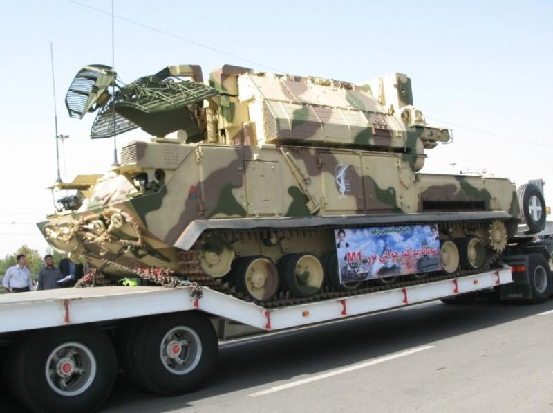 "نقاش : مصر وايران "" المعركة المستبعدة "" Tor-m1_sa-15_gauntlet_self_propelled_air_defence_missile_system_iranian_armed_forces_02"