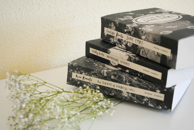 """""""Leave behind my wuthering, wuthering, wuthering Heights..."""" : nouveau look Brontë Sisters sur le forum ! _DSC5915"""