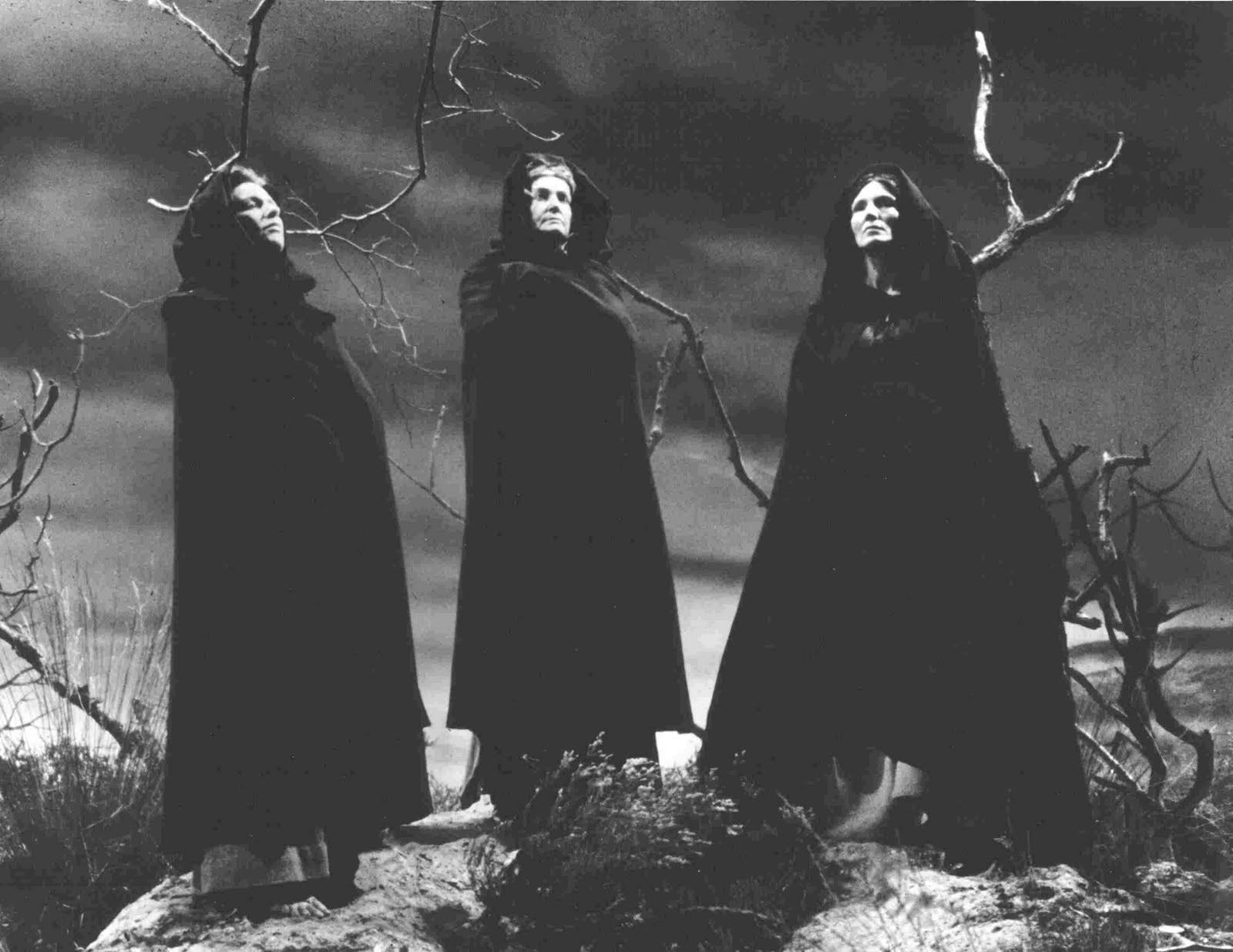Malleus Maleficarum – El Martillo de Las Brujas Tres%2Bbrujas