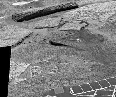 Tronco en Marte captado por Opportunity Madera-en-marte