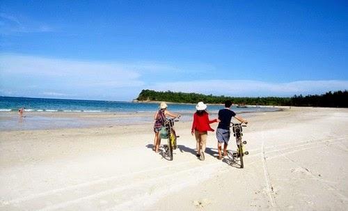 Các bãi biển đẹp nhất Việt Nam Bai-bien-quan-lan