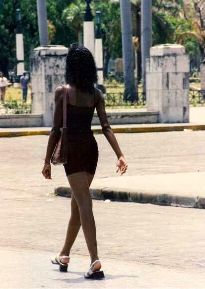 Come camminano le kubane Donnacammina