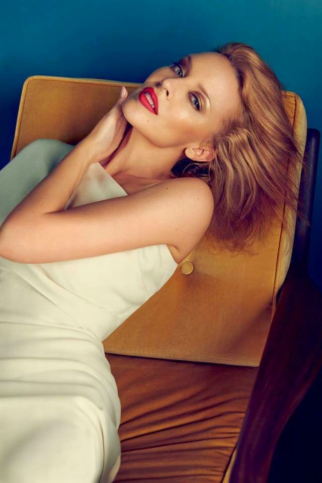 Kylie photos > candids, shoots, eventos... - Página 21 10622738_531092403691302_3415175243509525221_n