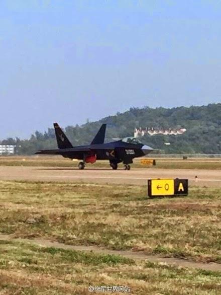 Zhuhai 2014 (11 au 16 Novembre) -  Airshow China 2014      F-31%2Bfighters%2Bhave%2Barrived%2Bin%2BZhuhai%2BAirshow%2Bsite