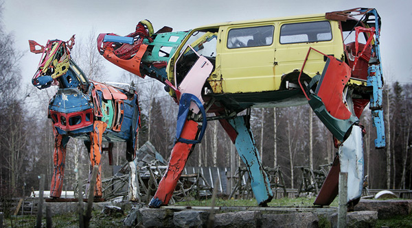Vaches Cam's... Cows_made_from_car_parts_by_Miina_akkijyrkka_07
