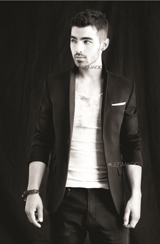 Joe Jonas >> Album ''Fastlife'' Joe-jonas-photoshoot-003