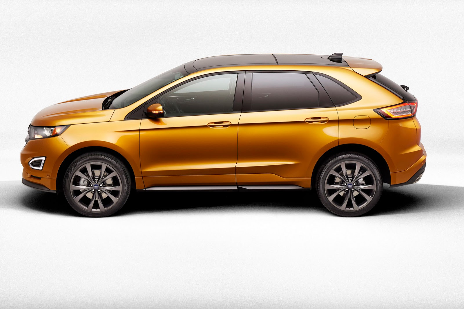 2015 - [Ford] Edge II - Page 2 2015-Ford-Edge-3