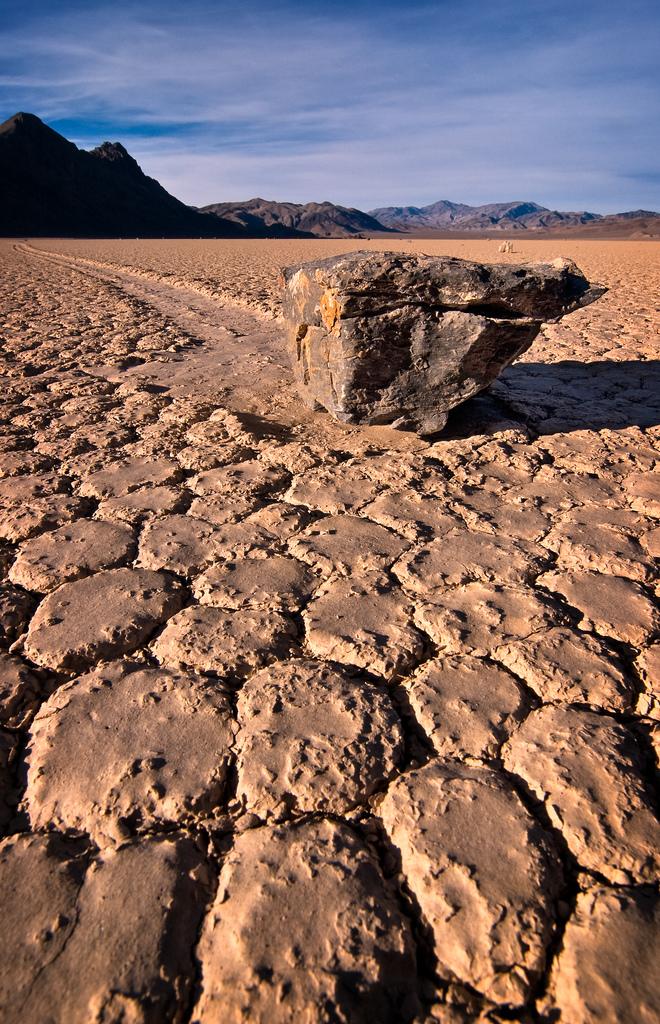 Ciência, Evolução, Descobertas, Mistérios Inexplicáveis e Conspirações Sailing-stones02
