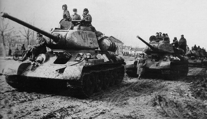 Fotos de la II Guerra Mundial T-34-85
