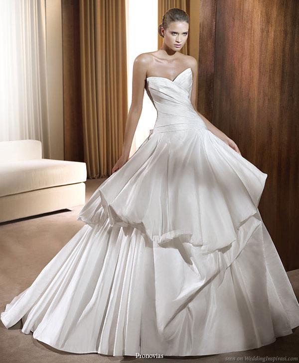 Vencanice 2011_pronovias_wedding_dresses_feria