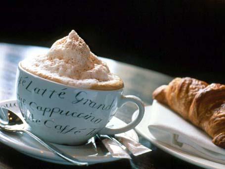 ¿ Nos tomamos juntos un café ? 4_cafe-capuchino