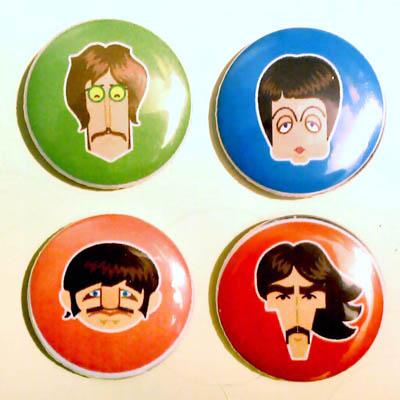 The Beatles: Disco más sobrevalorado e infravalorado. Canción preferida. - Página 5 Chapas_beatles_m