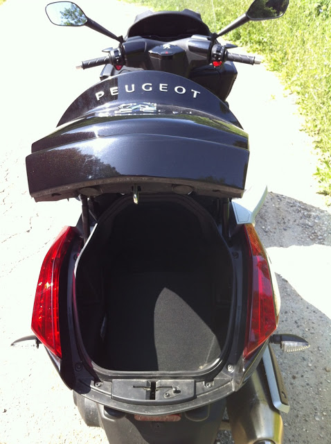 Jim essaie le Peugeot Metropolis 400 i IMG_1584