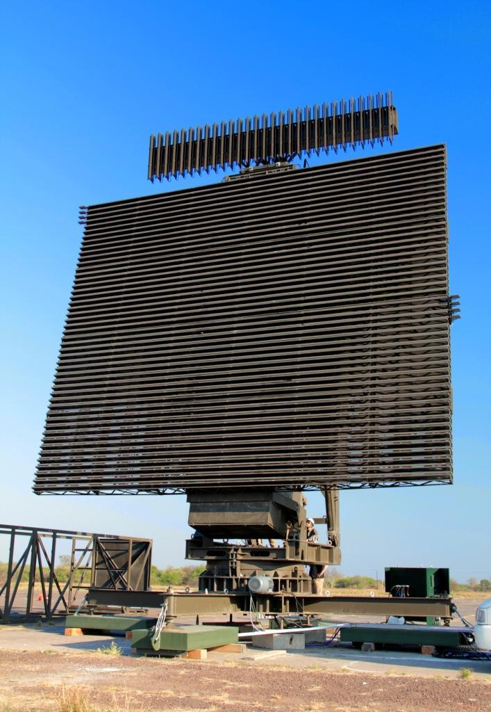 RPA3DLA Radar Primario Argentino de Largo Alcance - Página 2 Radar_RP3DLA-P_emplazado_en_el_Aer%25C3%25B3dromo_de_Las_Lomitas