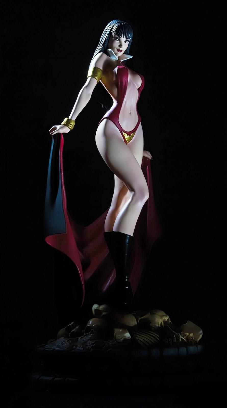 [Dynamite] Woman of Dynamite: Vampirella Statue Vamp_1_dark