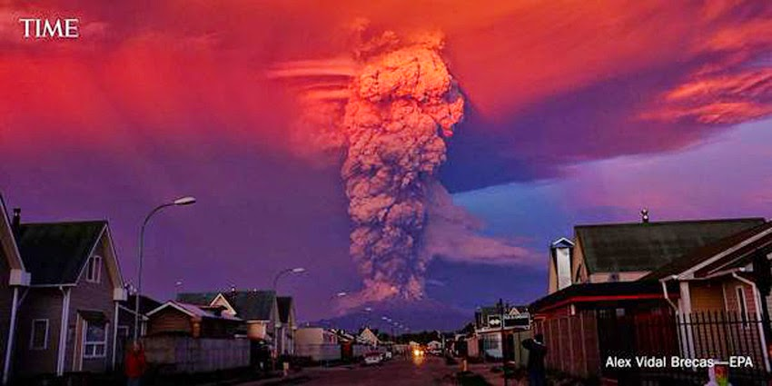 MONUMENTAL EARTH CHANGES: Surreal - Sunset Turns Massive Calbuco Eruption Into AMAZING SCENES! UPDATE: Second Explosion Even Stronger Than The First - Ash Reaches Up To 65,000 Feet High! Calcubo_volcano10