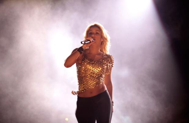 Galería » Apariciones, candids, conciertos... - Página 2 Shakira%2Bu%2Bbeogradu%2B%252820%2529_1304969457_620x0