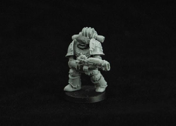 Warhammer 30k Sons of Horus  SOH_Volkite_WIP_10