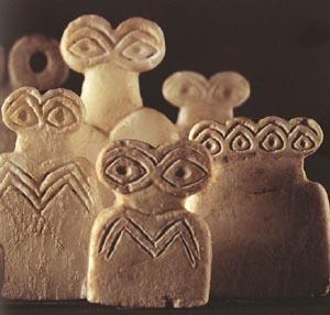 Descubierto que son los moais de Pascua Igigi-eye_idols2