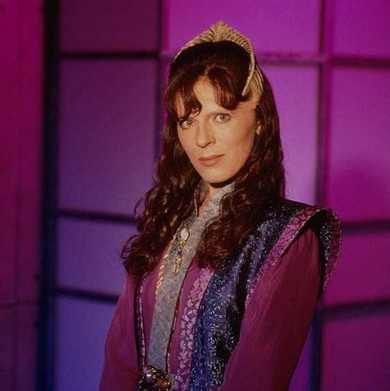 The United States of the Solar System, A.D. 2133 (Book Eight) Delenn