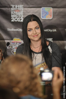 Evanescence >> Galería - Página 11 PRESS%2BCONFERENCE%2B-%2BUKRAINE%2B-%2BEVANESCENCE%2BROCK%2BBRASIL%2B-----