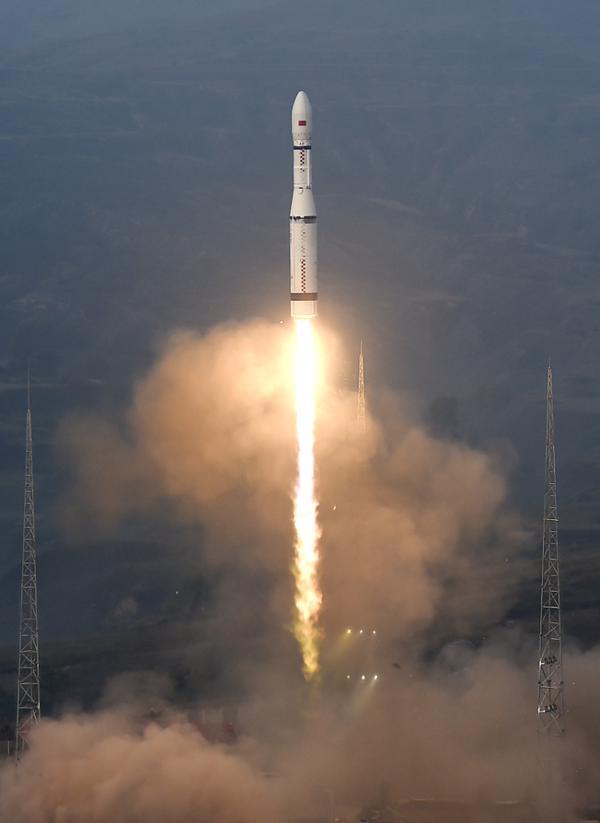 R. P. China - Página 41 China%2Blaunches%2B20%2Bmicro-satellites%2Busing%2BLong%2BMarch%2Brocket%2B7