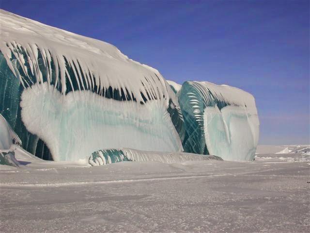 LAKE MICHIGAN ICEBERGS  8