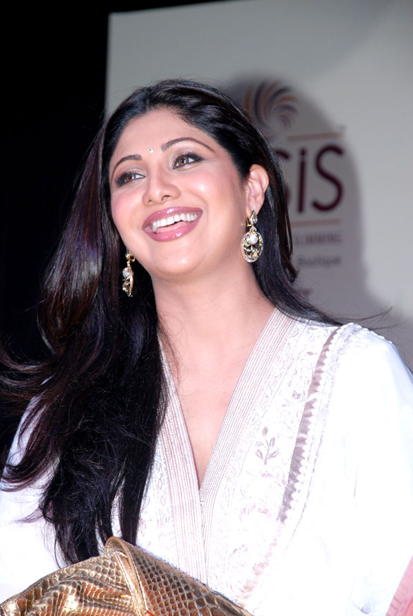 Shilpa Shetty at Lucknow branch of IOSIS spa Launch 56015586