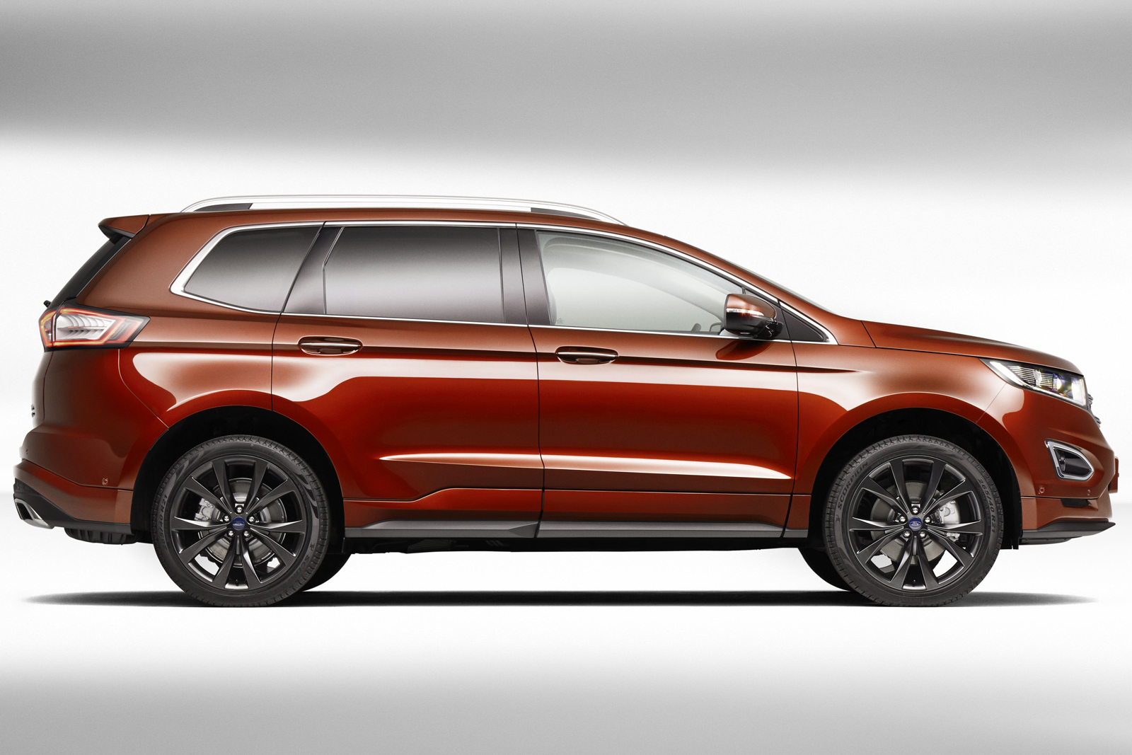 2015 - [Ford] Edge II - Page 4 Ford-Edge-7-seat-China-4