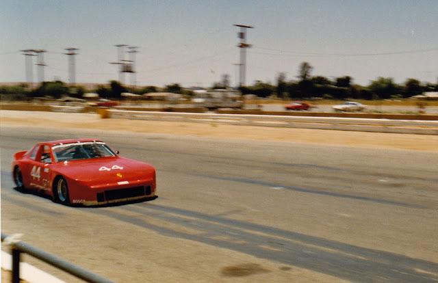 Porsche 944 racing Porsche-944-GTR-15-web